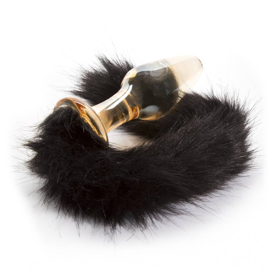fox tail butt plug with white background